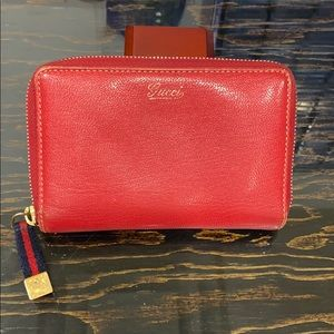 GG GUCCI ZIPPY WALLET RED LEATHER